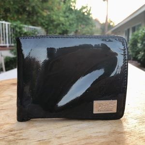 D & G navy blue patent leather small bifold wallet